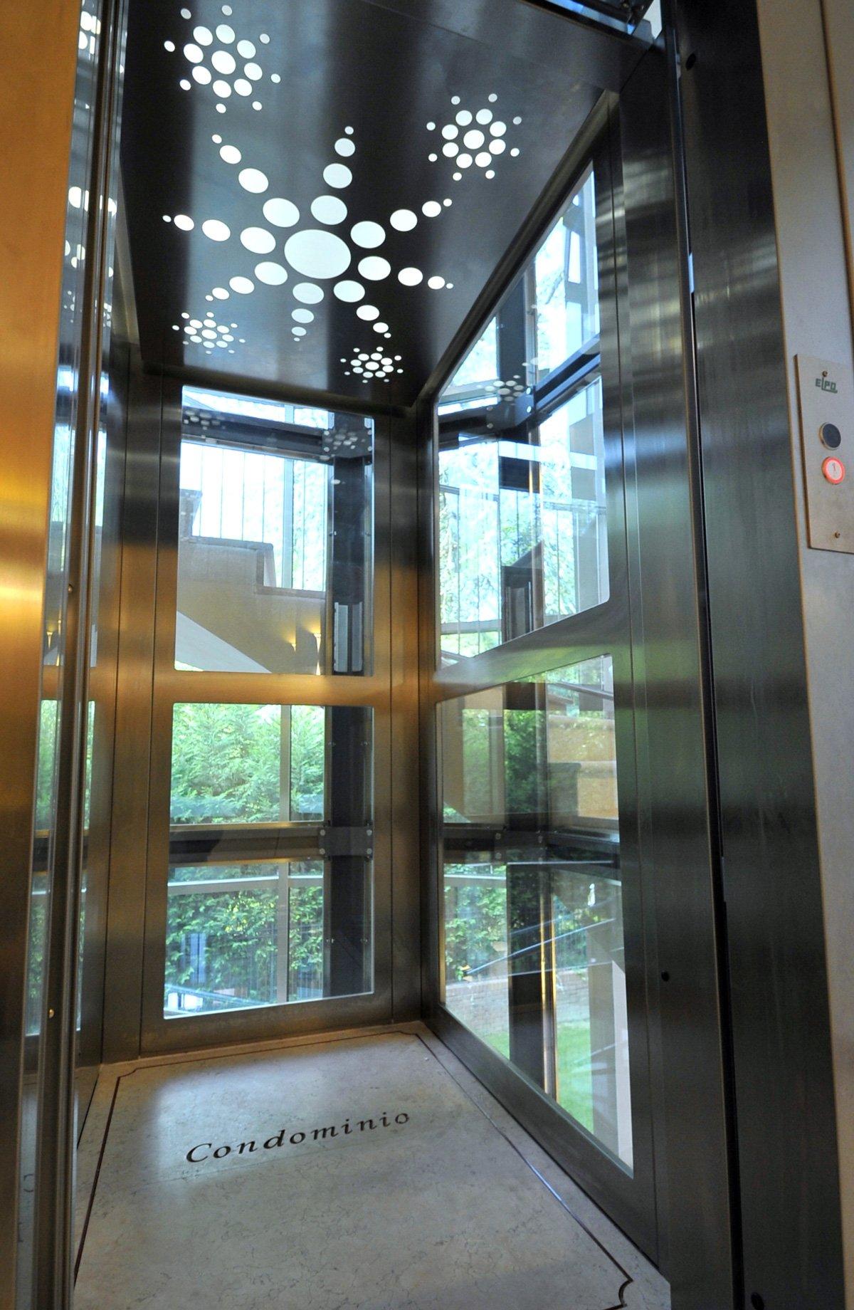 Elegant Installazione E Manutenzione Raffinato Ascensore Panoramico In Elegante  Condominio ...