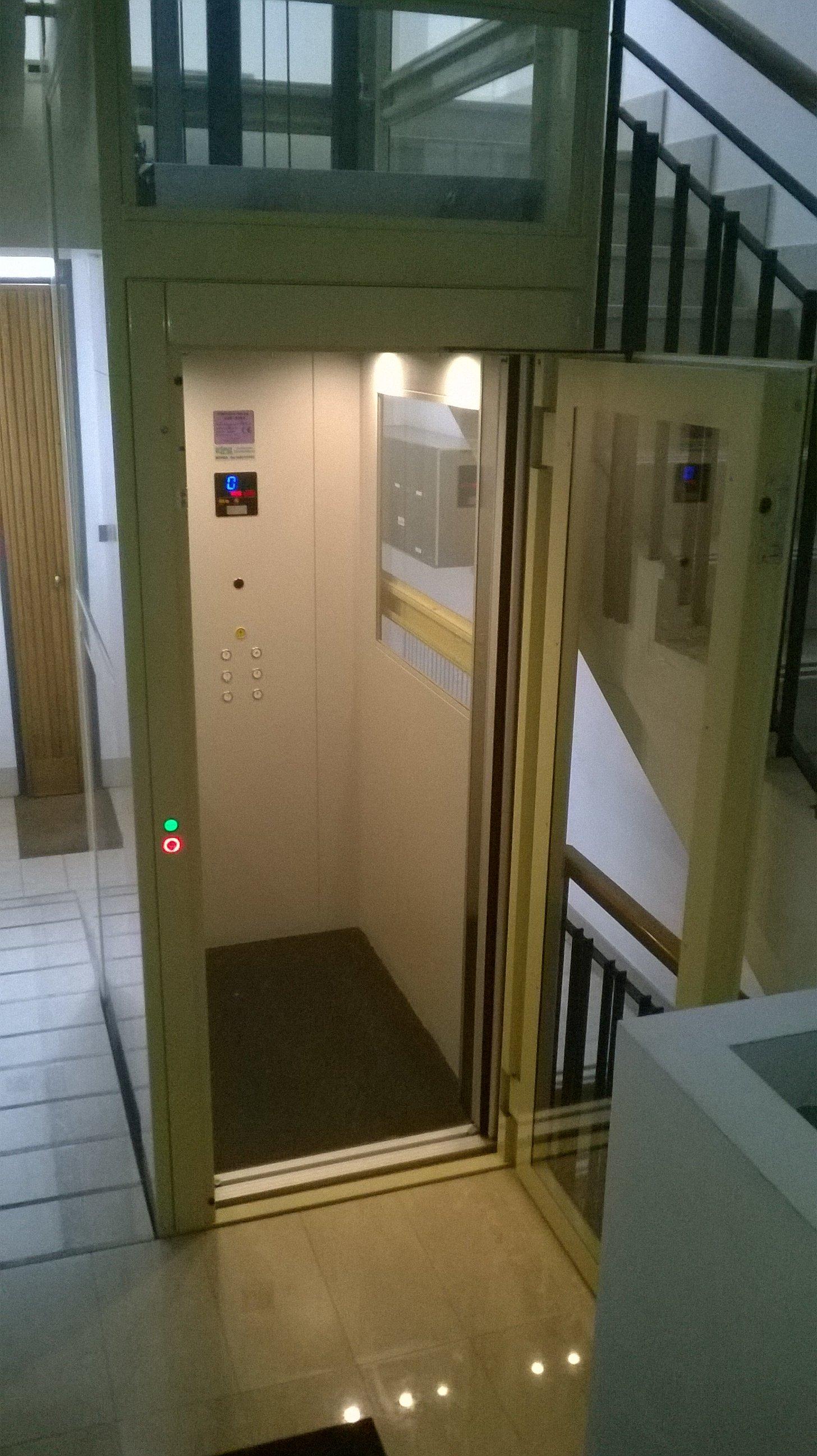 Progettazione ascensore ad este for Sedia a rotelle automatica